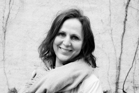 Inger Mette Stenseth, Molde, norsk mote-og klesaktivist, bl.a. Fashion Revolution