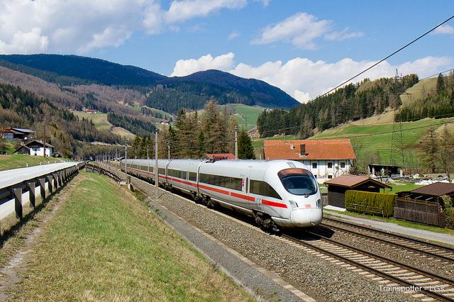 trainspotter-lg-flickr-cc
